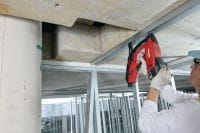 GX 3 Gas nailer Gas nailer with single power source for drywall track, electrical, mechanical and building construction applications Applications 2