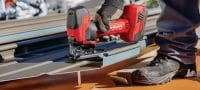 SJT 6-A22 Cordless jig saw Powerful 22V cordless jig saw with barrel T-grip for curved cuts above or below the work surface Applications 1
